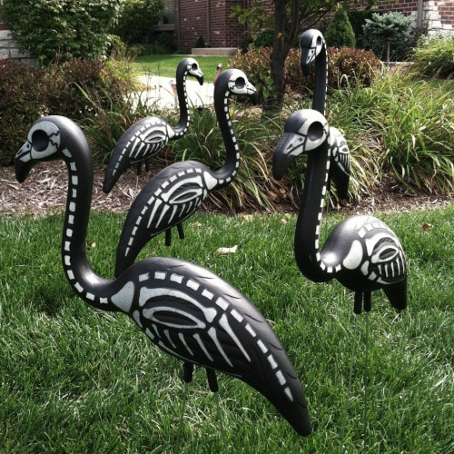 Halloween yard decorations - skeleton flamings