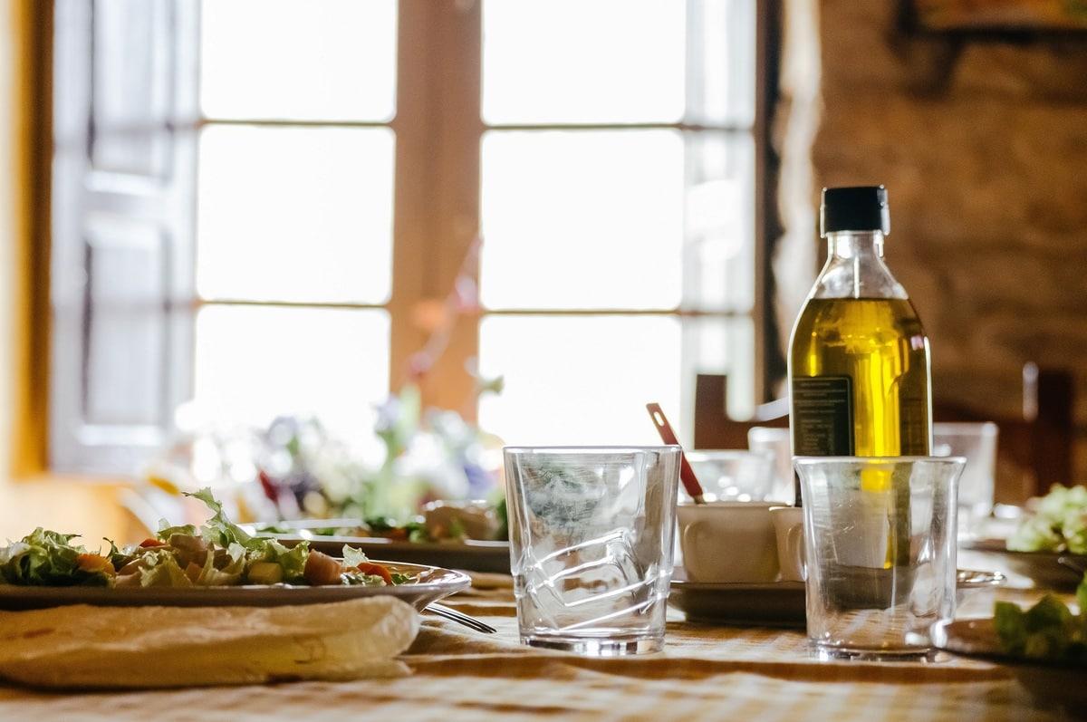 Mediterranean diet shopping list - featured
