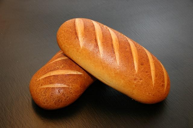 chleb przy daniach obiadowych zastępowanie