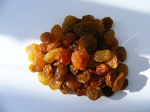 healthy snack ideas - dried fruit