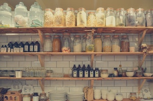 minalist grocery decluttering tips - organize