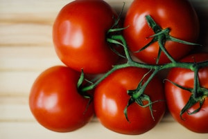 how to store tomatoes - countertop