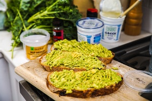 healthy breakfast grocery list - avocado