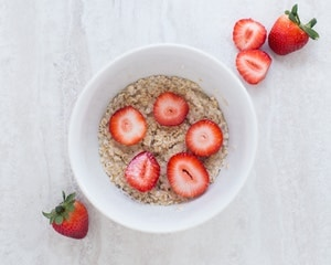 healthy breakfast grocery list - oatmeal