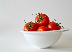 how to store tomatoes - fridge