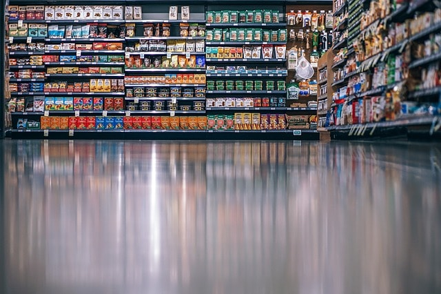how to save money on groceries - aisles