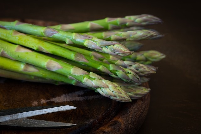 how to store asparagus - cooked